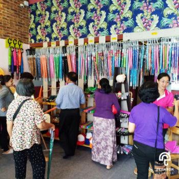 บรรยากาศงานขายร่ม จากเซียนร่ม